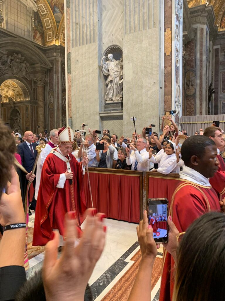 YAGO SCHOOL CHOIR SINGS FOR THE POPE IN THE VATICAN