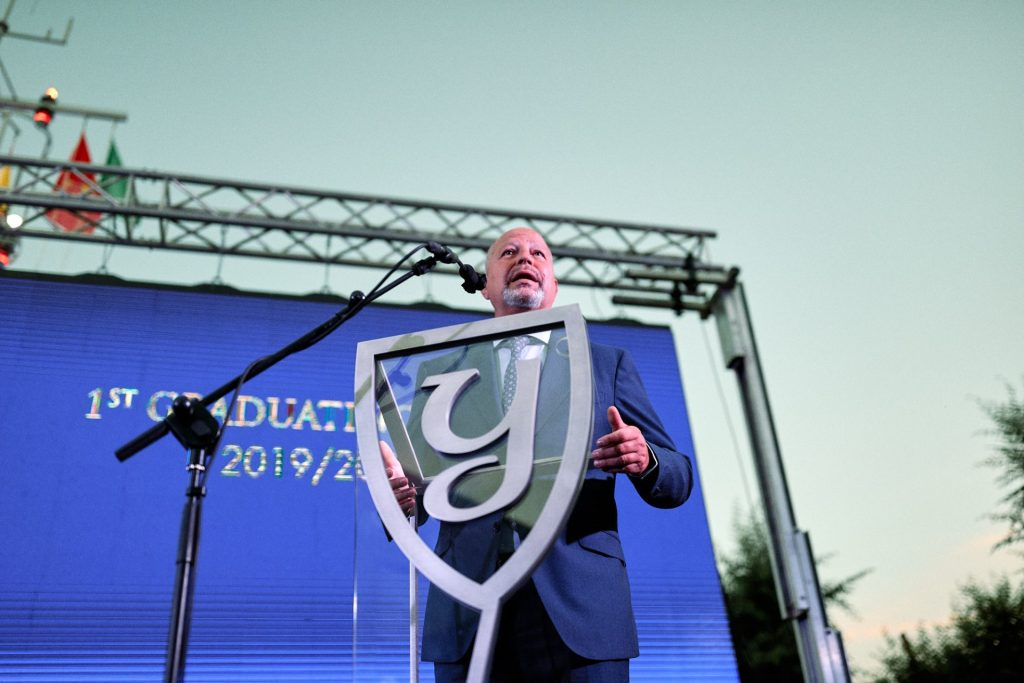 The Andalusian Minister of Education was guest of honor at Yago School Graduation