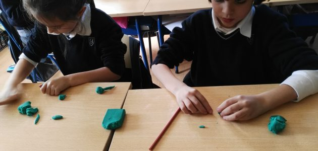 Natural Science and art in Yago School