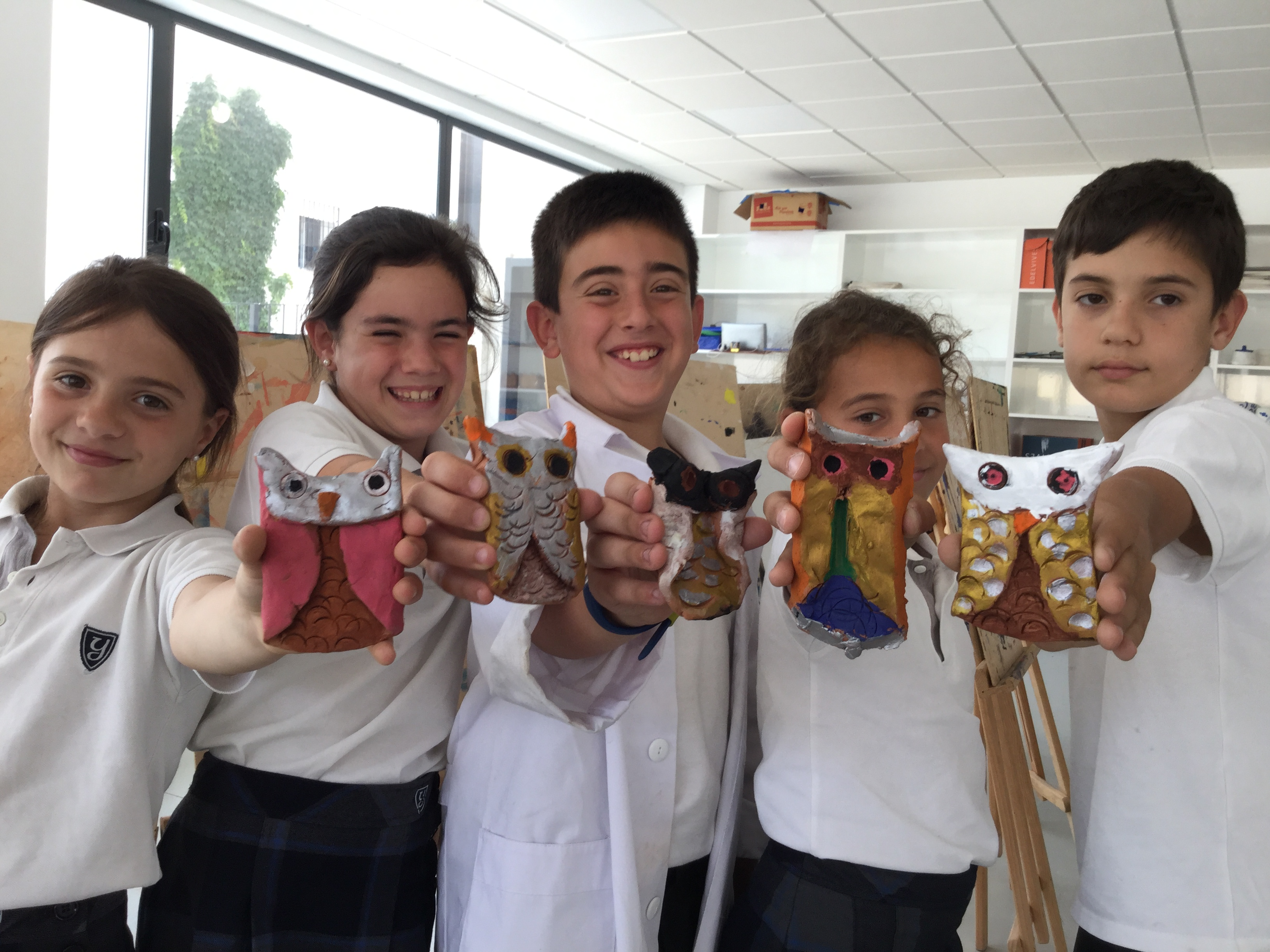 At Yago School we use PBL to learn art