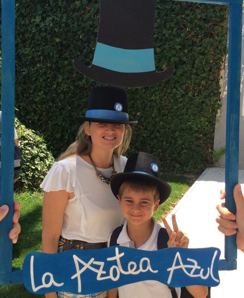 YAGO SCHOOL WITH THE BLUE ROOF TOP HAT