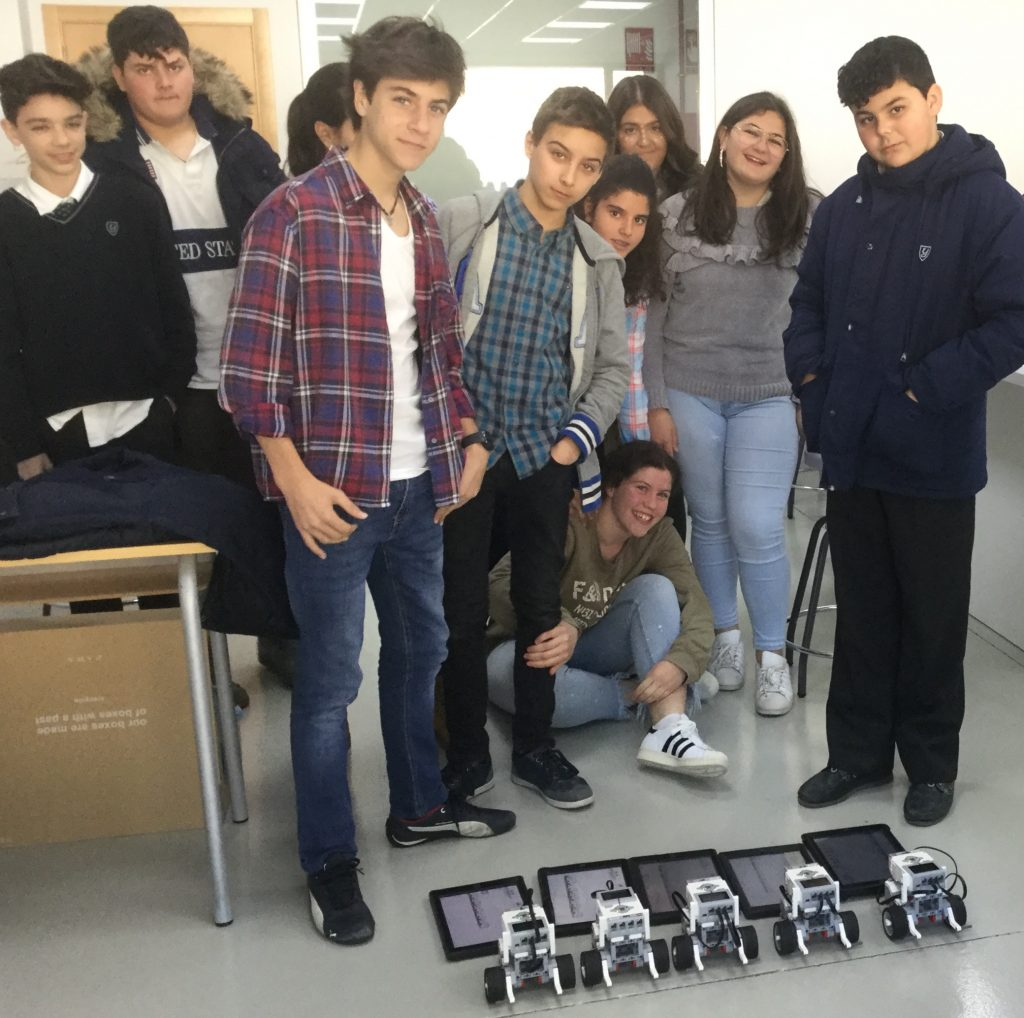 Physics project with EV3 robots