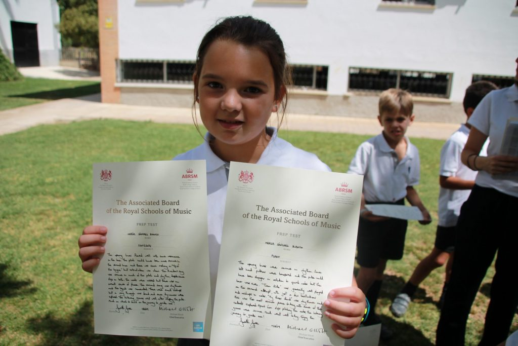 MORE THAN ONE HUNDRED YAGO SCHOOL STUDENTS CERTIFIED BY ABRSM